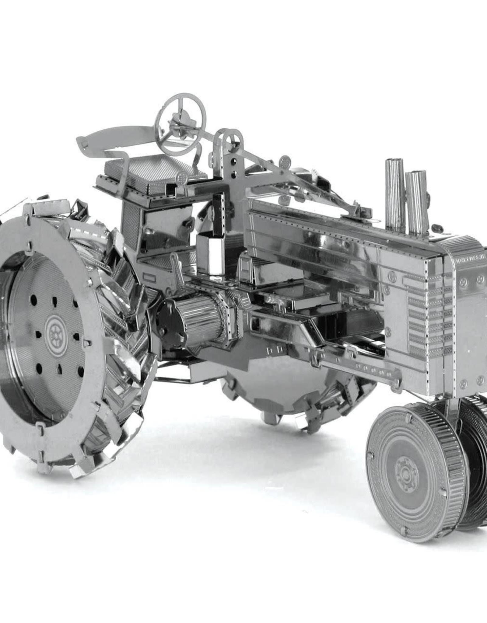 Metal Earth ME Farm Tractor