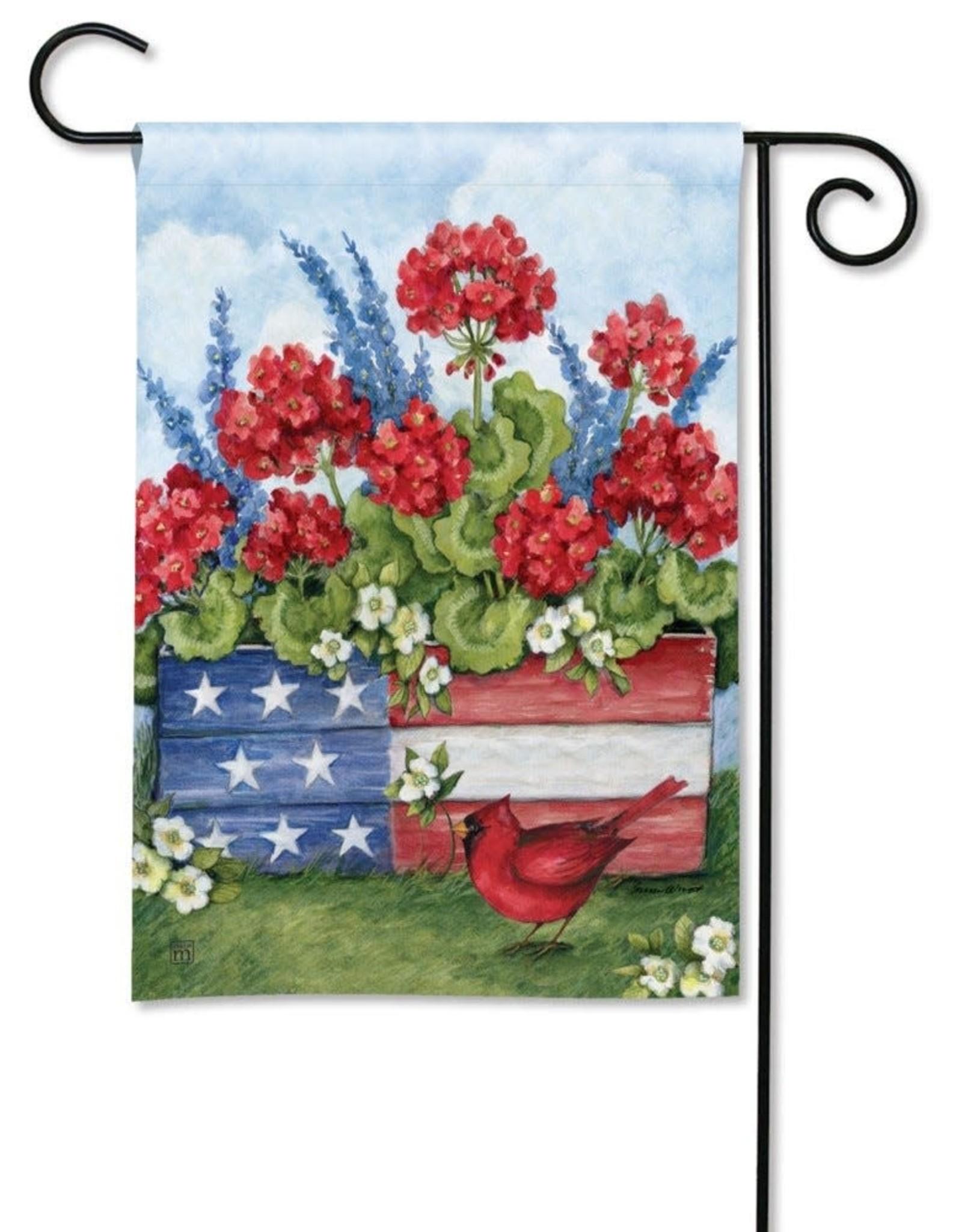 Studio M GF Patriotic Planter