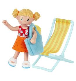 LF Tina Beachgoer