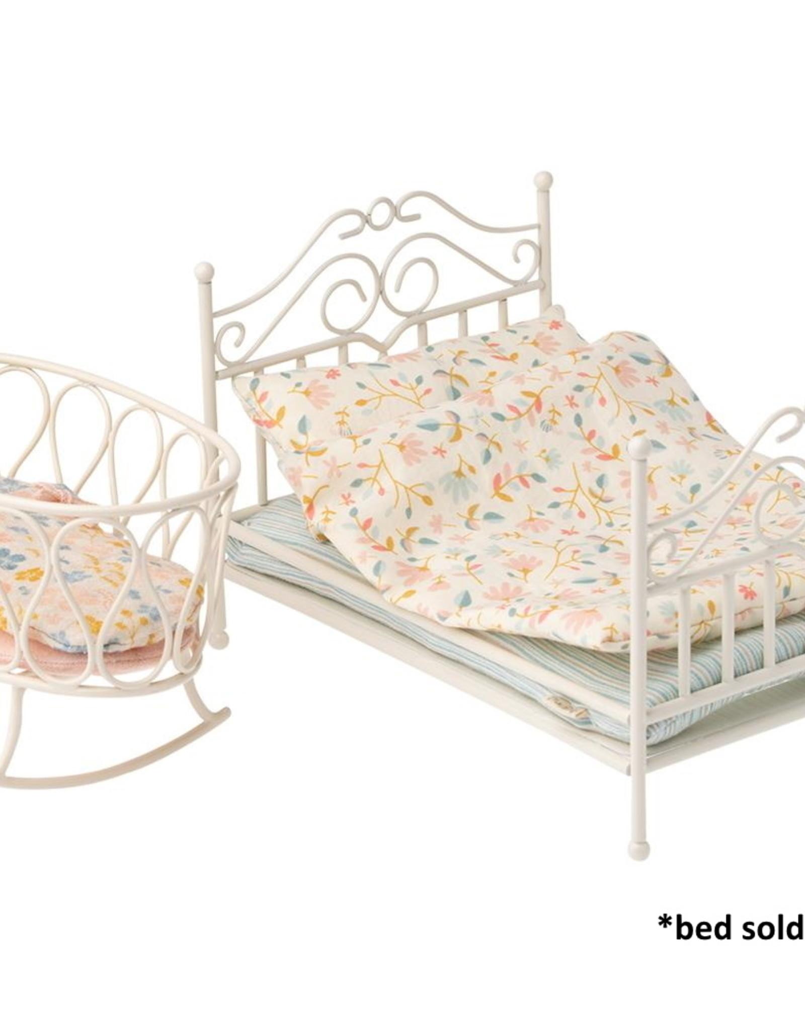 Maileg Maileg - Cradle With Sleeping Bag Micro White