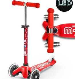 Micro Scooter Mini Micro Deluxe LED Scooter - Red
