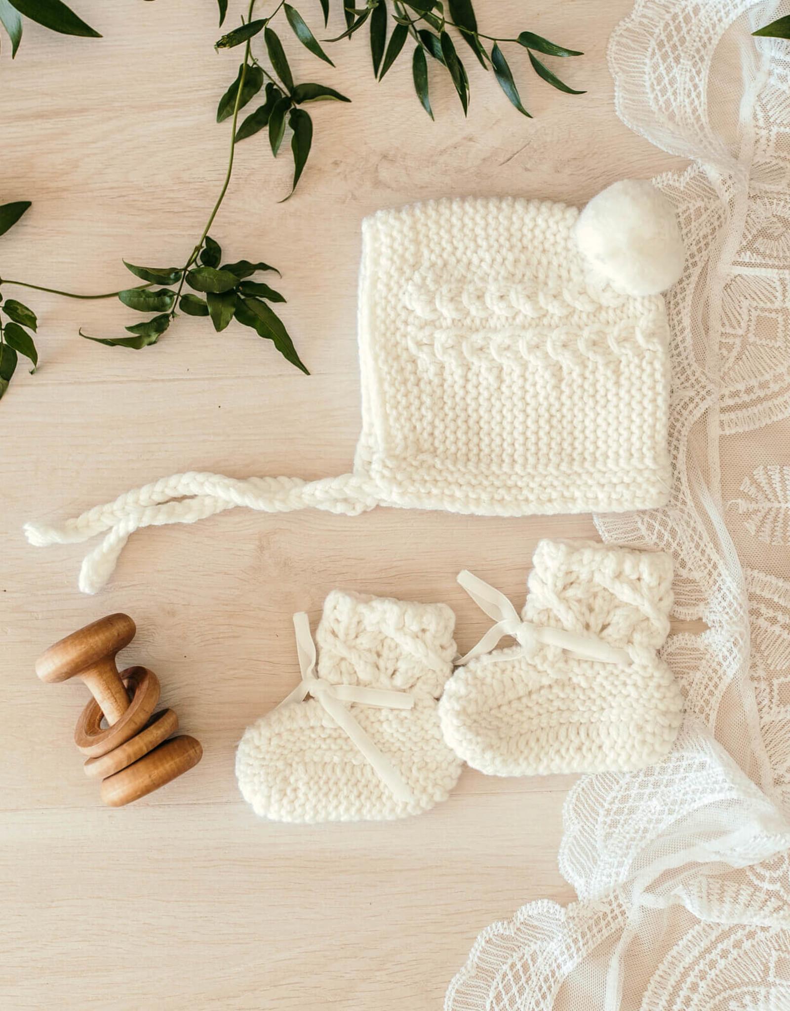 Snuggle Hunny Snuggle Hunny - Ivory Merino Wool Bonnet & Booties Set