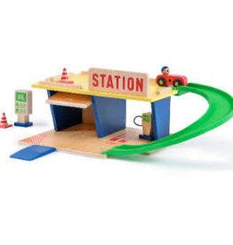 Moulin Roty Dans La Ville -Gas Station