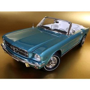 American Muscle Diecast . AMD 1/18 65 FORD MUSTANG CONV
