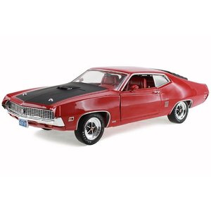 American Muscle Diecast . AMD 1/1/8 70 FORD TORINO GT