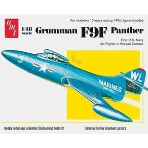 AMT\ERTL\Racing Champions.AMT 1/48 Grumman F9F Panther