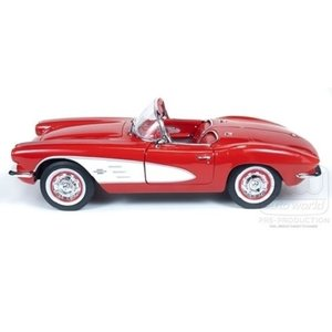 American Muscle Diecast . AMD 1:18 61' CORVETTE COVERTTIBLE