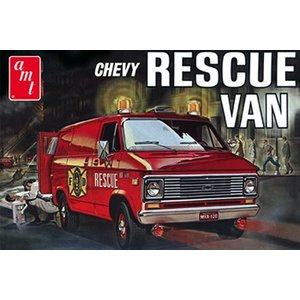 AMT\ERTL\Racing Champions.AMT 1/25 75 Chevy Rescue