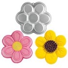 Wilton Products . WIL Daisy Flower Cake Pan