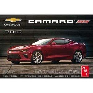 AMT\ERTL\Racing Champions.AMT 1/25 2016 CAMARO SS