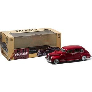 Green Light Collectibles . GNL 1/18 41 PACKARD SUPER EIGHT ONE-EIGHTY RED