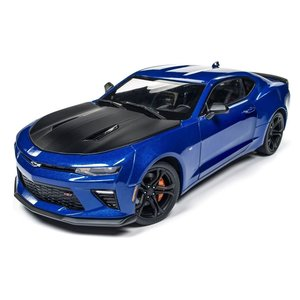 American Muscle Diecast . AMD 1/18 '17 Chevy Camaro 1LE