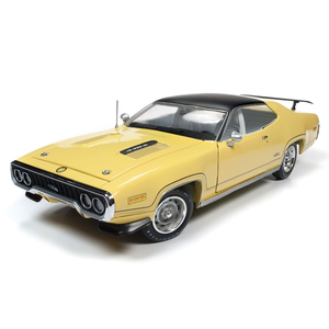 American Muscle Diecast . AMD 1/18 1971 Plymouth GTX Hardtop (MCACN)
