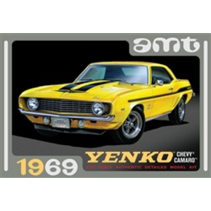 AMT\ERTL\Racing Champions.AMT 1/25 1969 Chevy Camaro Yenko