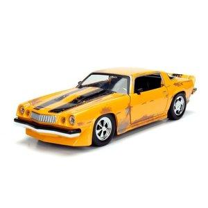 Jada Toys . JAD 1/24 Transformers - 1977 Chevy Camaro Bumblebe