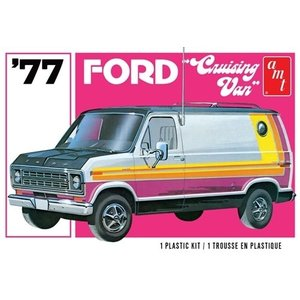 AMT\ERTL\Racing Champions.AMT 1/25 '77 Ford Cruising Van