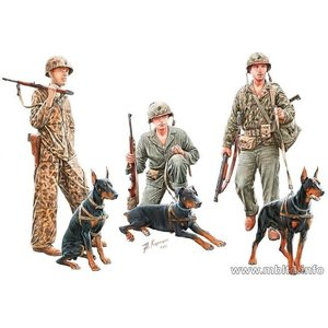 Masterbox Models . MTB 1/35 WWII Dogs in USMC Service (3 w/3 Figures)