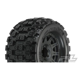 "Pro Line Racing . PRO Pro-Line Badlands MX38 3.8"" MTD Raid 8x32 17mm MT F/R"