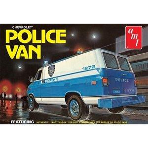 AMT\ERTL\Racing Champions.AMT (DISC) - 1/25 Chevy Police Van