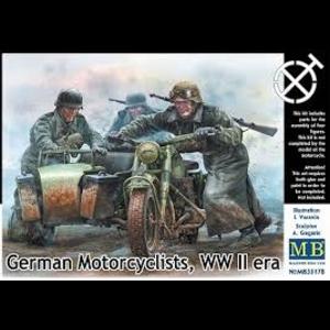 Miniart . MNA 1/35 SU85 1943 MOD W/CREW
