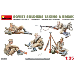 Miniart . MNA 1/35 Soviet Soldiers Taking A Break