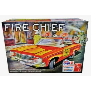 AMT\ERTL\Racing Champions.AMT 1/25 '70 Chevy Impala Fire Chief