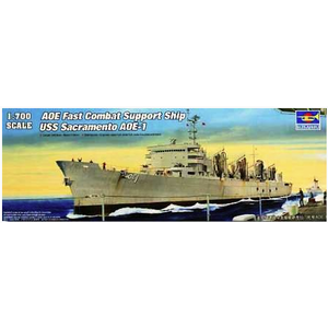 Trumpeter . TRM 1/700 AOE Fast Combat Support Ship USS Sacramento
