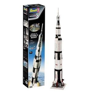 Revell of Germany . RVL 1/96 Apollo 11 Saturn V Rocket