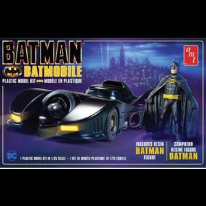 AMT\ERTL\Racing Champions.AMT 1/25 89 Batmobile /Batman Figure