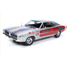 Auto World . AWD 1/18 71 DODGE CHARGER SUPER BEE DICK LANDY