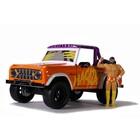 "Jada Toys . JAD Jada 1/24 ""Hollywood Rides"" 1973 Ford Bronco w/ Macho Man"