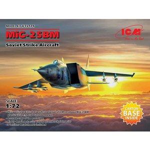 Icm . ICM 1/72 MiG-25 BM Soviet Strike Aircraft
