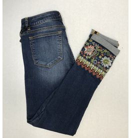 Miss Me Embroidered Ankle Crop-12