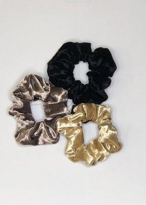 GiftCraft Inc. Velvet Hair Scrunchie