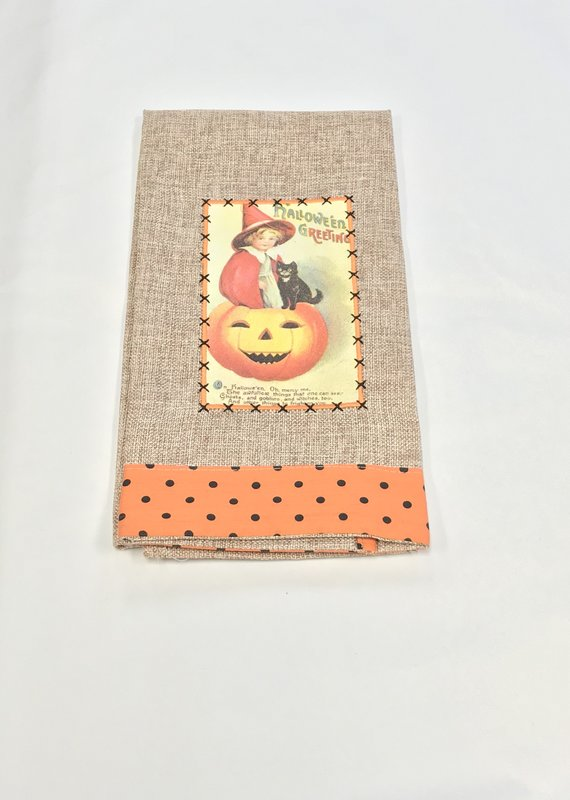 Paty Inc. Antique Postcard Towel