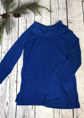 Jerell Clothing Company 3/4 Sleeve Cowl Collar Neck Top