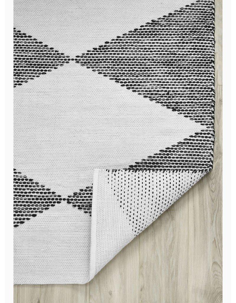 Fab Habitat Roswell - Black - Indoor Outdoor PET (Polyester Fiber) Rug 5'x8'