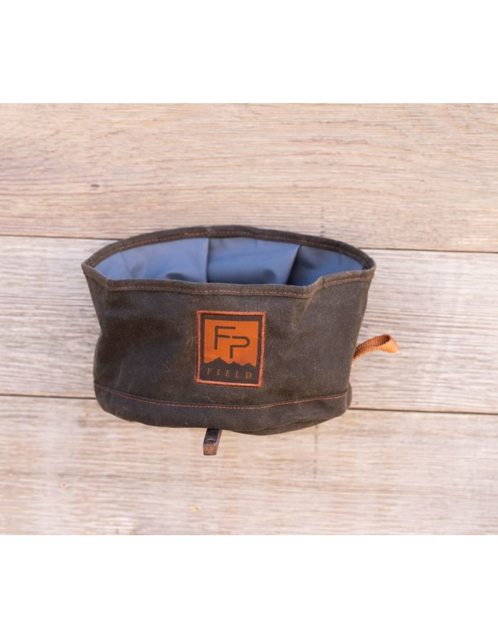 Fishpond Bow Wow Travel Water Bowl - Peat Moss