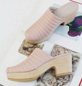 Beklina Ribbed Clog Blush