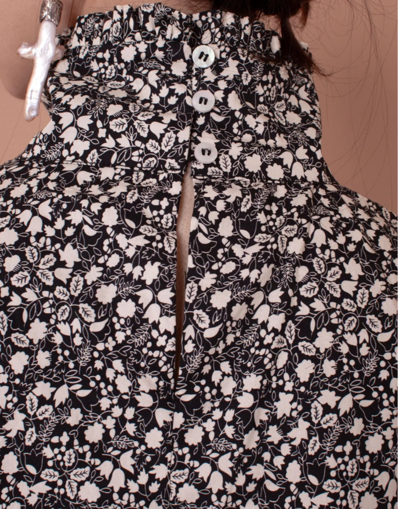 Meadows Meadows Carnation Top, Black White Floral