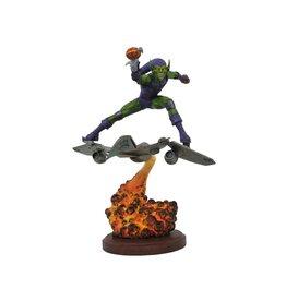 Diamond Select Toys Spider-Man Marvel Comics Premier Green Goblin Resin Statue