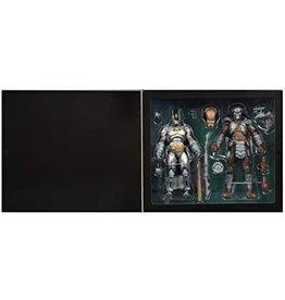DC Comics NECA 2019 SDCC Exclusive Batman Vs Predator 2-Pack