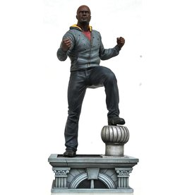 Diamond Select Toys Marvel Gallery Netflix Luke Cage PVC Statue Figure