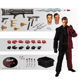 Mezco Batman Two-Face One:12 Collective Mezco Action Figure