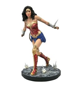 Diamond Select Toys DC Gallery Wonder Woman 1984 Statue