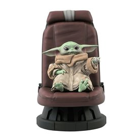 Gentle Giant Star Wars The Mandalorian Child in Chair 1:2 Scale Statue