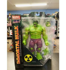 Diamond Select Toys Marvel Select Immortal Rampaging Hulk Action Figure
