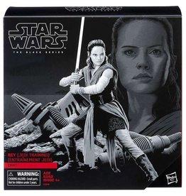 Hasbro Star Wars The Black Series Rey (Jedi Training w/ Crait Base)