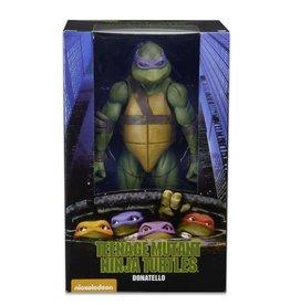 NECA TMNT (1990 Movie) Donatello 1/4 Scale Figure