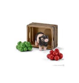 Schleich Mini-pig with apples